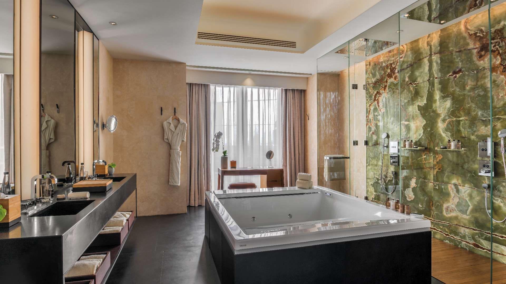 Bulgari Hotel Beijing - bathroom