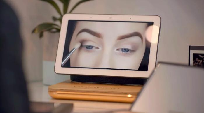 Google's Home Hub smart display (make up)