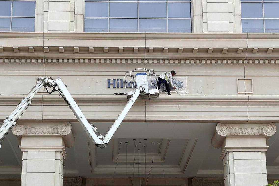 St Regis Dubai logo replaced over-night by Hilton