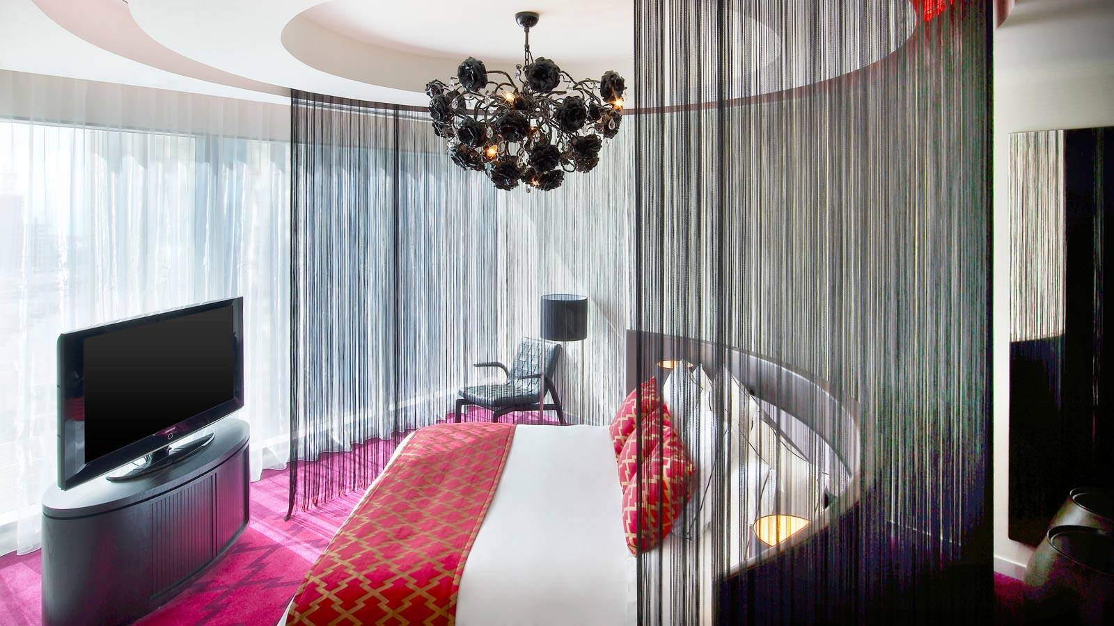 W Hotel Doha, WOW Suite