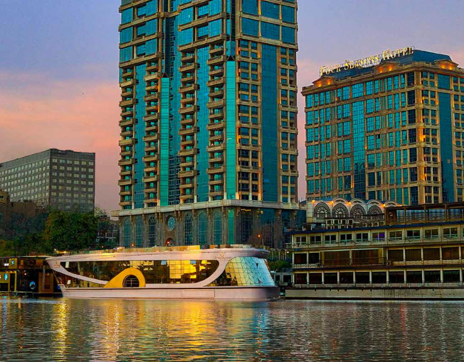 Four Seasons Cairo Nile Boat (First Nile Boat) - Four Seasons Cairo First Residence