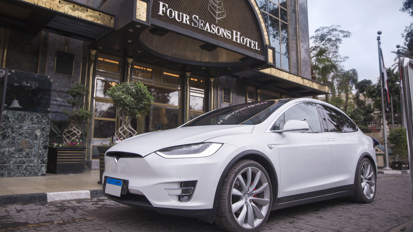 Four Seasons Cairo First Residence first electric car charging station