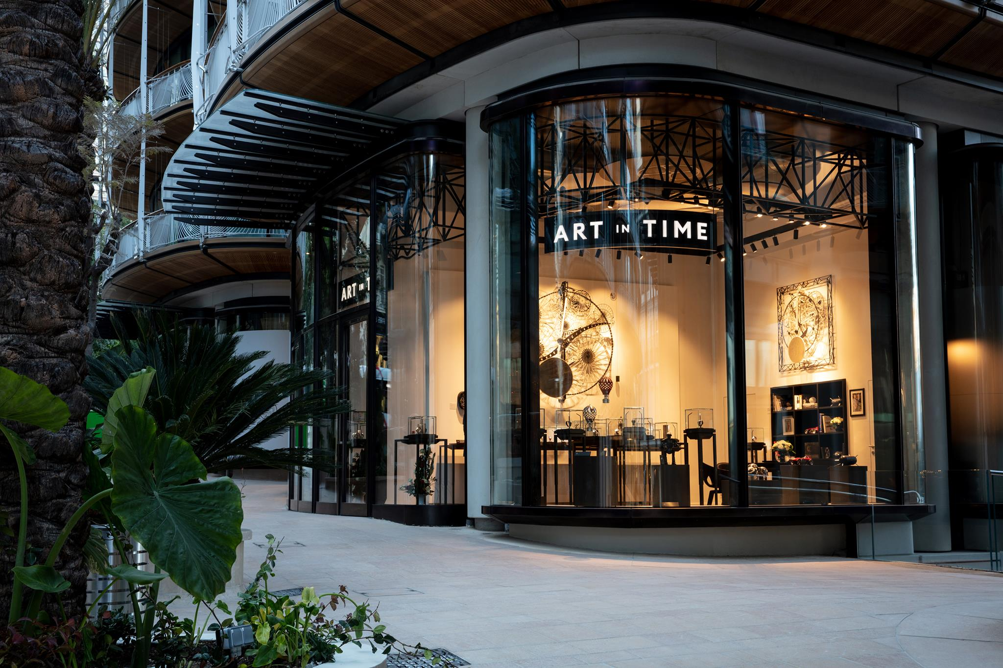 ART in TIME watches gallery Monaco