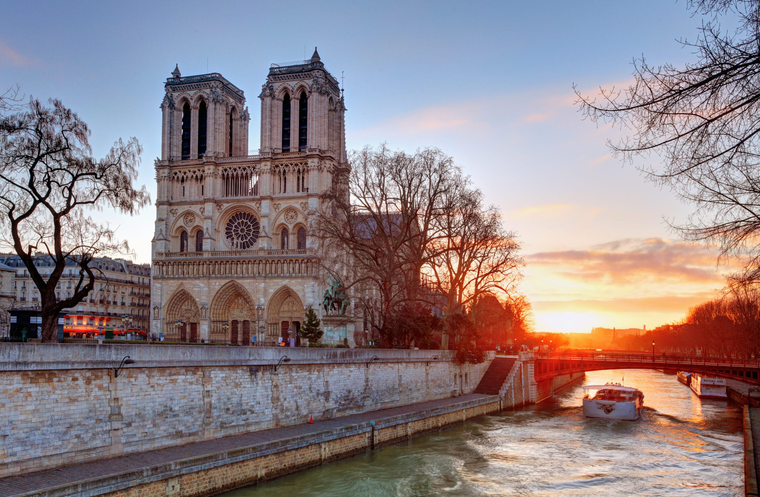 LVMH and Kering group donate 300 million euros for Notre Dame