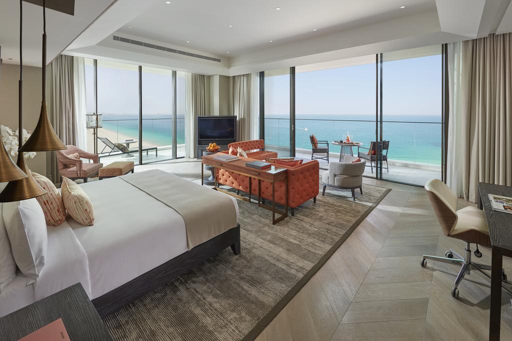 Mandarin Oriental Jumeira Dubai suite