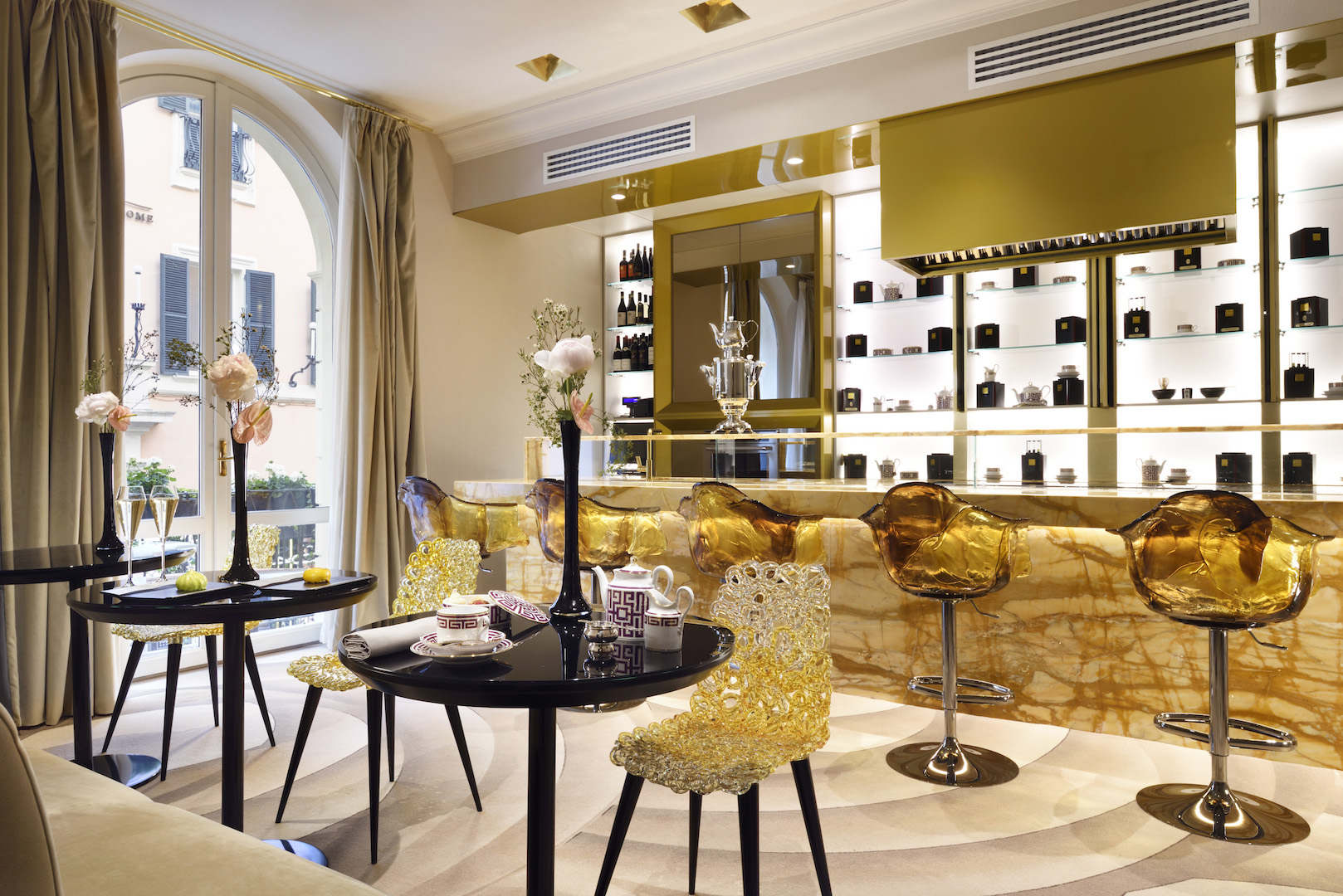 The First Roma Dolce Hotel tea room
