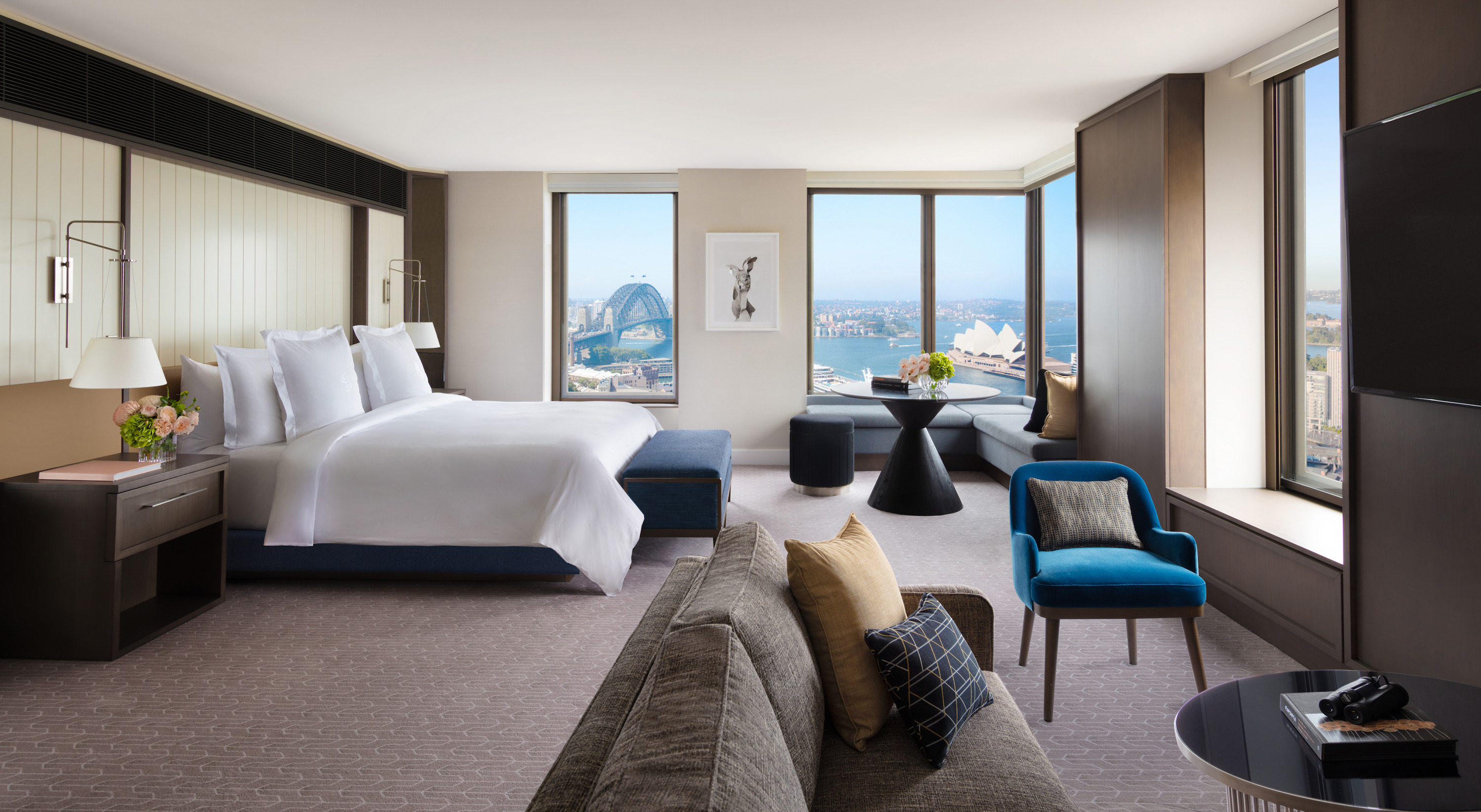 Four Seasons Hotel Sydney, renovated suite