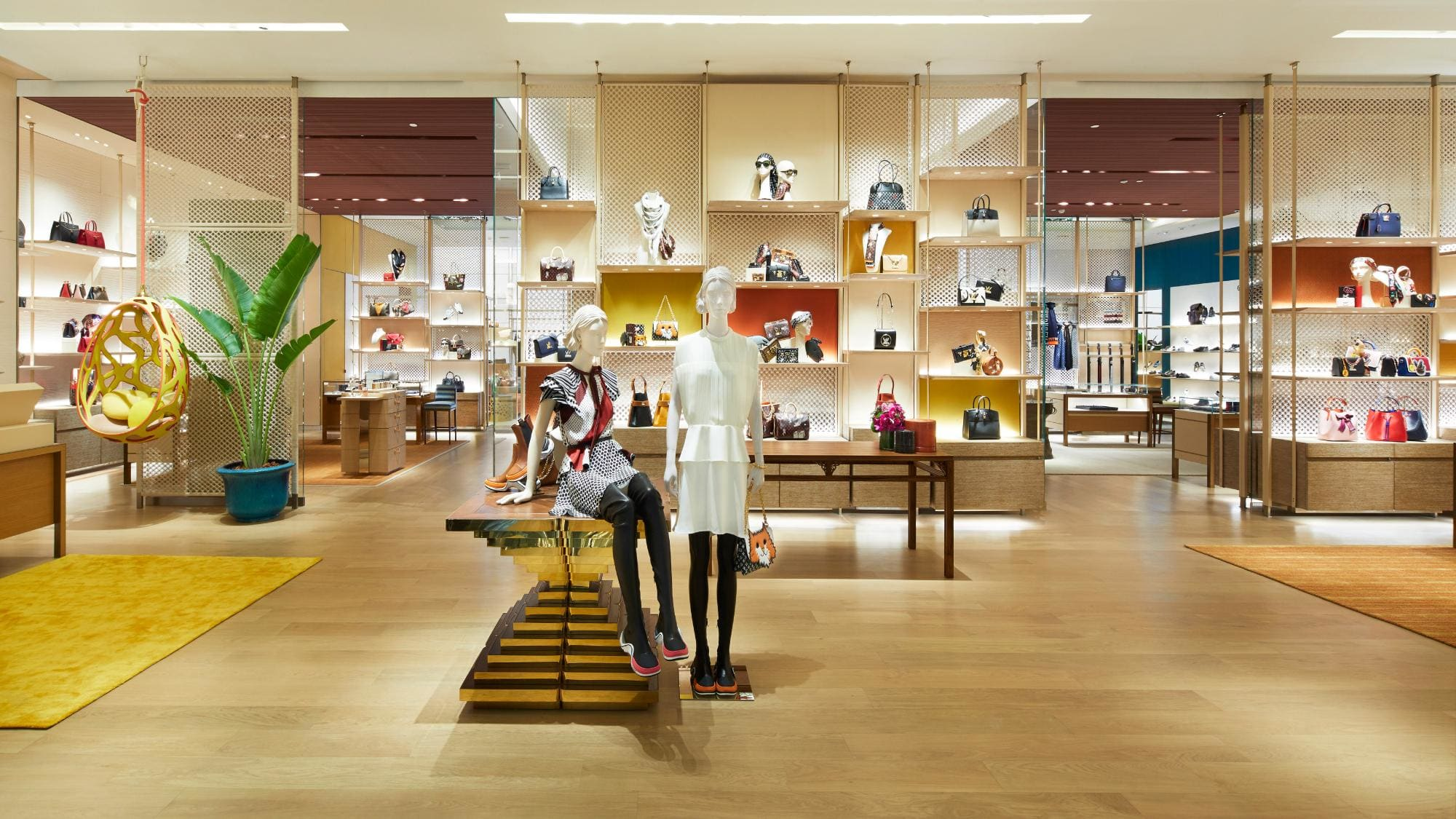 Louis Vuitton new store Bangkok at Incomsiam