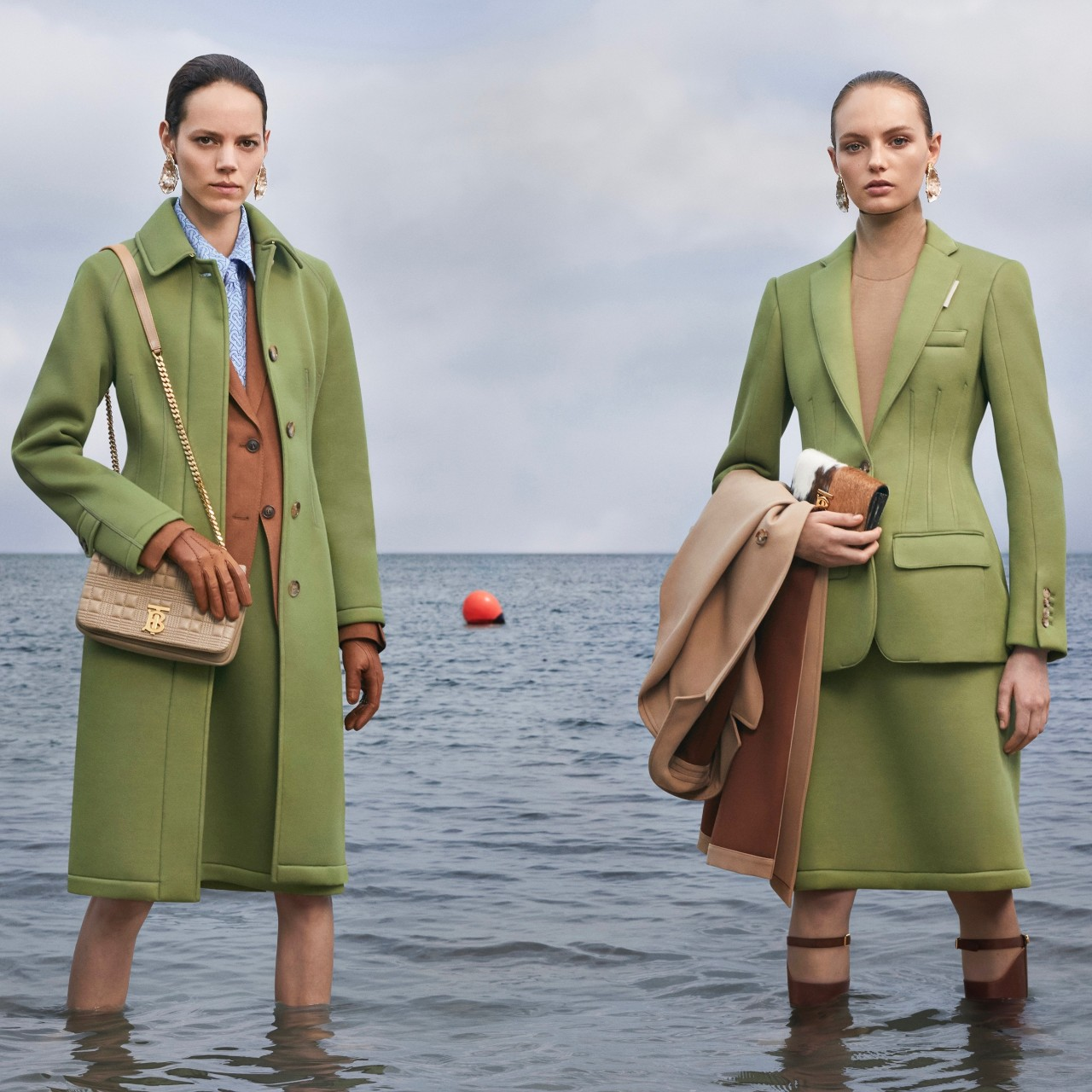 Burberry signs the G7 Fashion Pact (Biarritz)