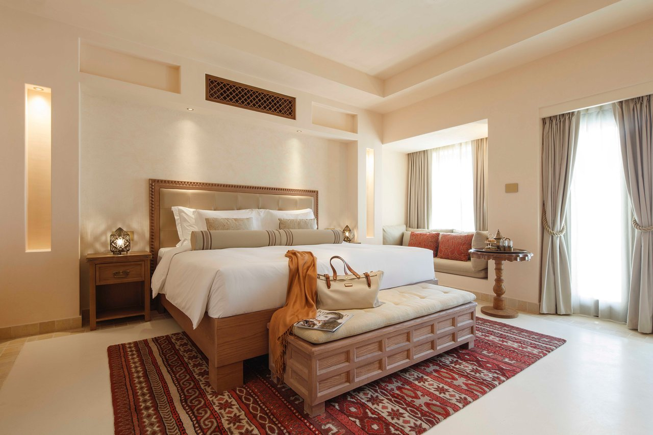 Jumeirah al Wathba Desert Resort and Spa - Suite