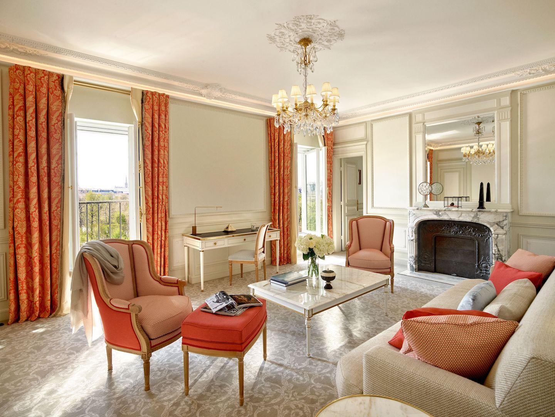 Le Meurice Paris renovated Suite