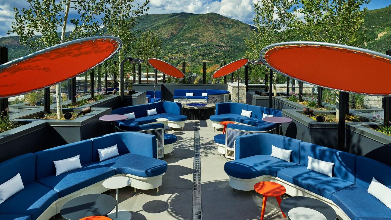 W Aspen WET Deck Lounge