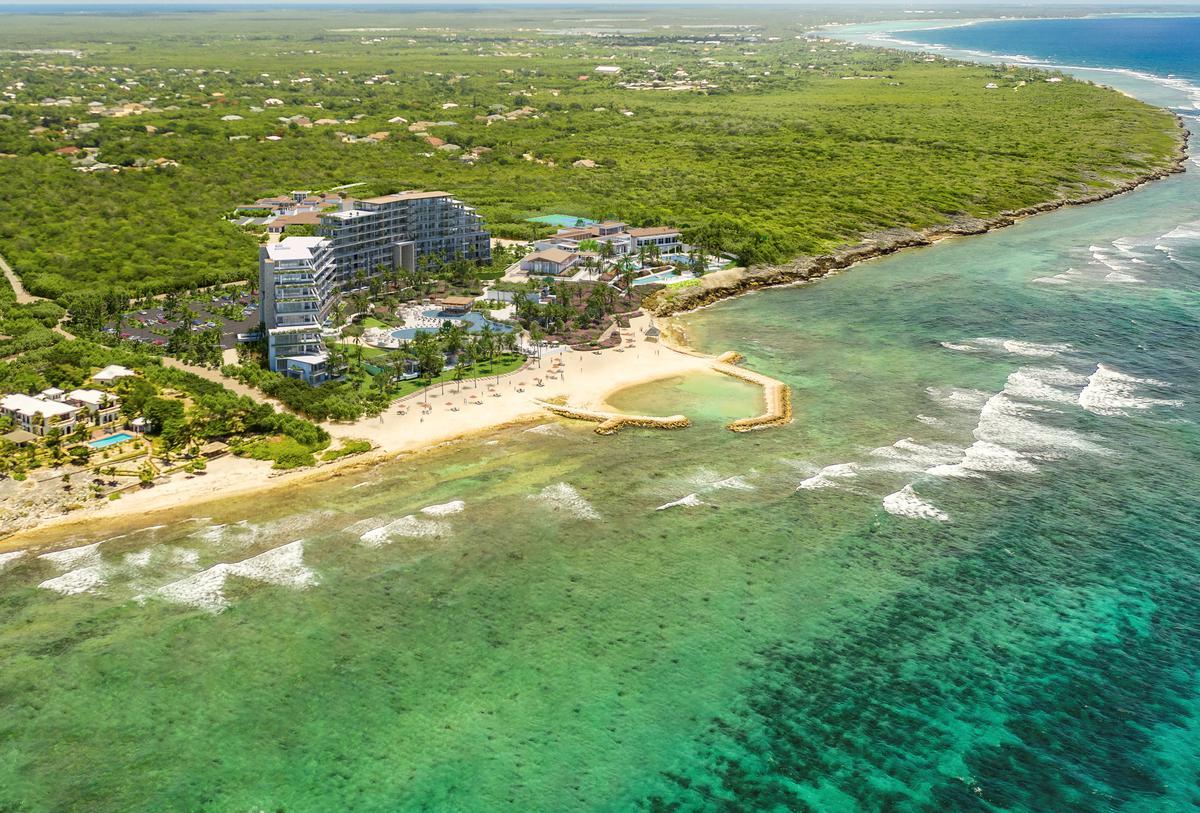 Mandarin Oriental Grand Cayman Resort scheduled 2022