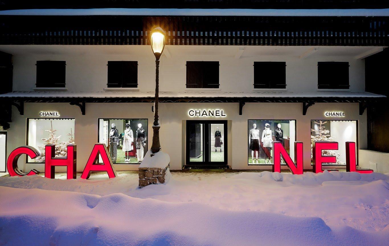 CHANEL 2019 Courchevel store