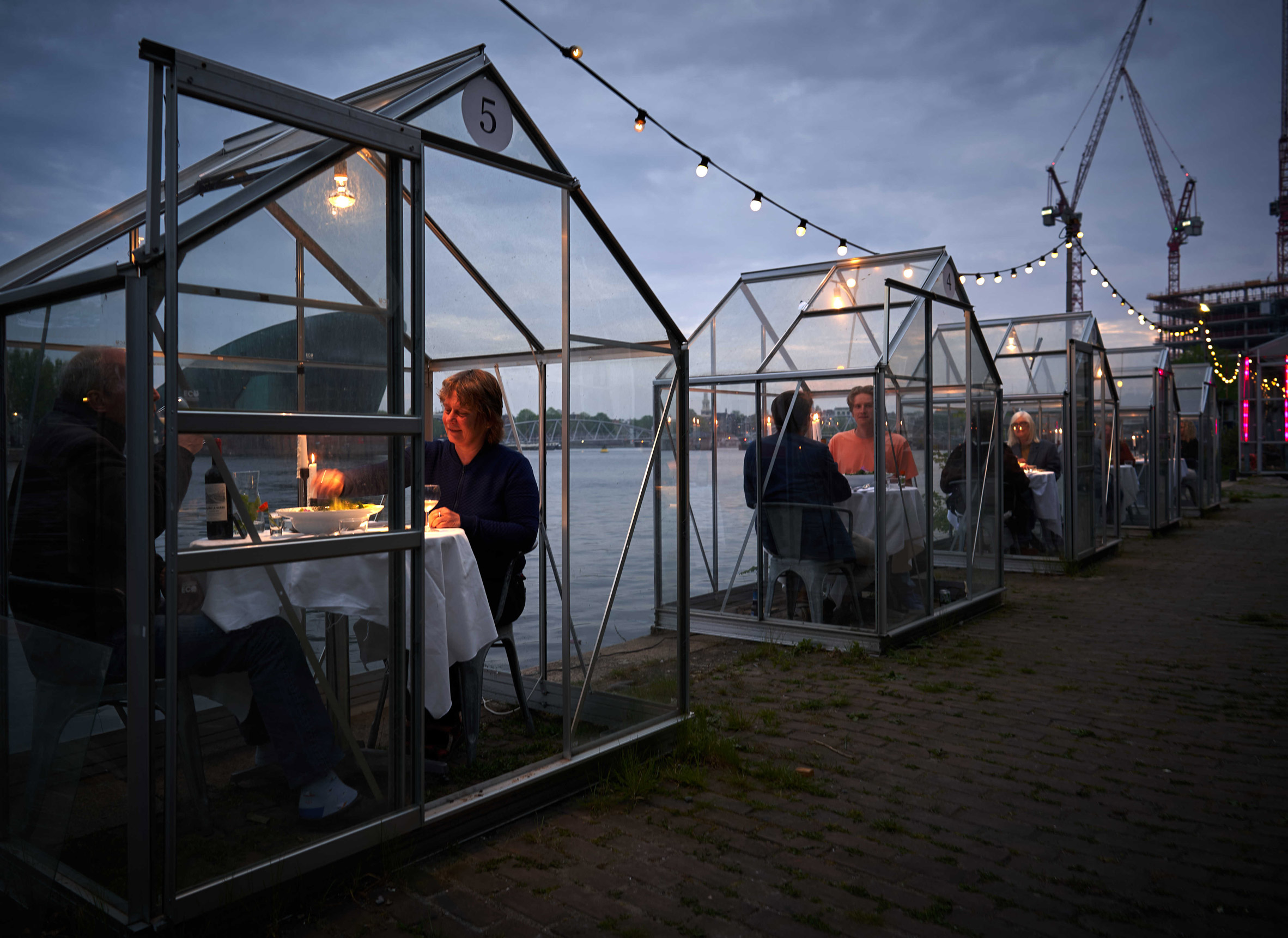 Mediamatic in Amsterdam 'Serres Séparées' glasshouses dining