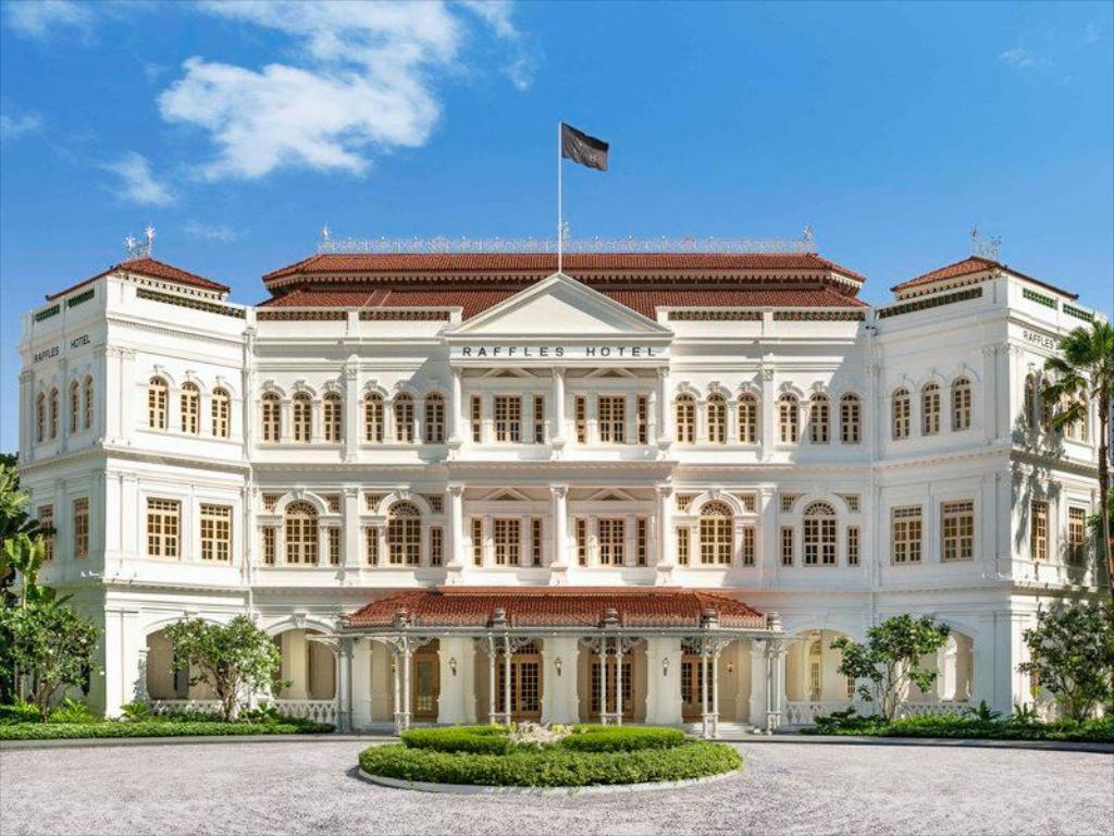 Raffles Singapore facade