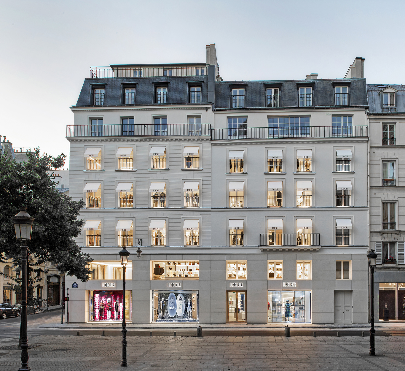 DIOR new store in Paris at Rue St Honore