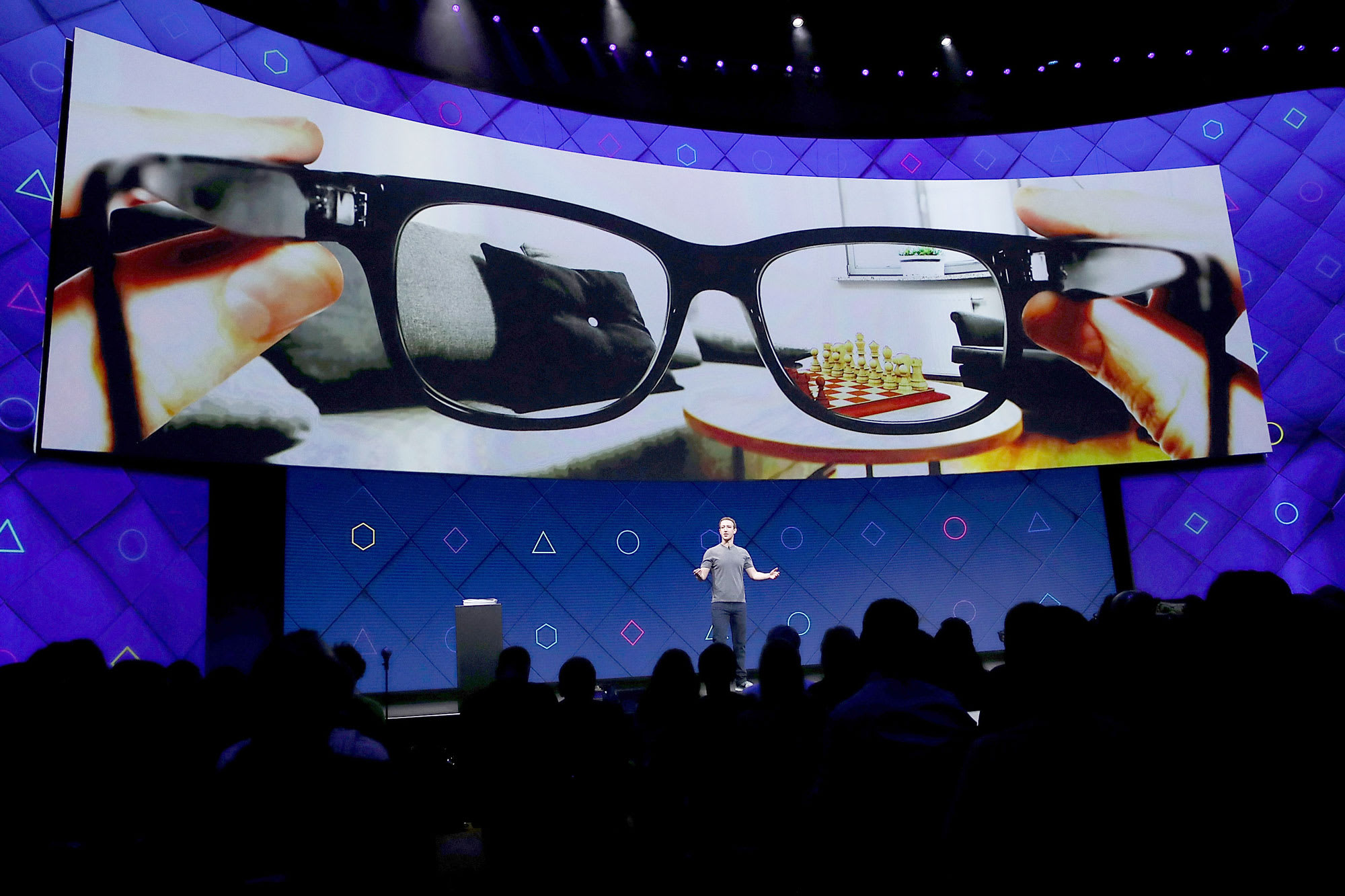 Facebook partners with Ray-Ban for first lifestyle smart glasses in 2021