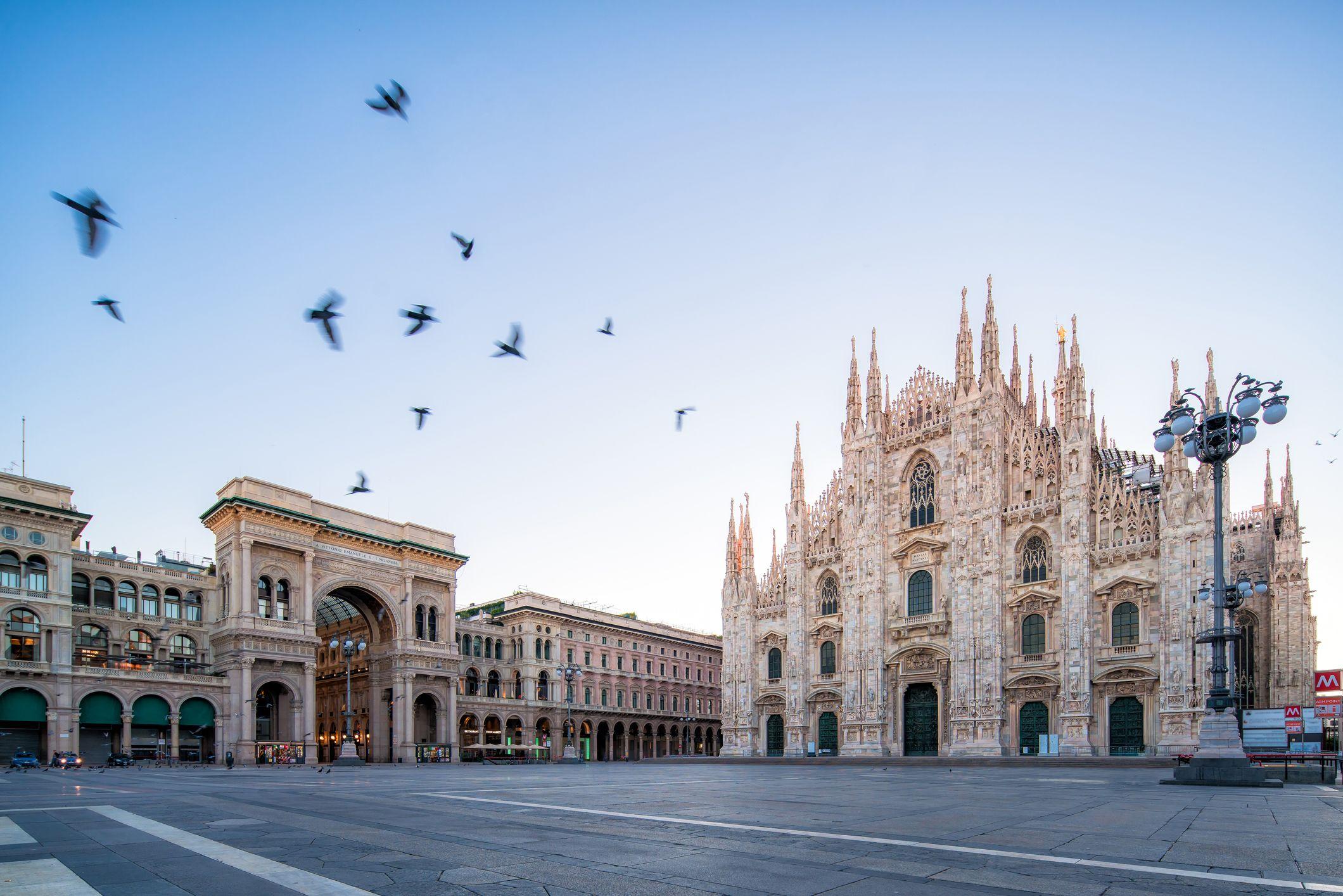 Milan, Piazza Duomo