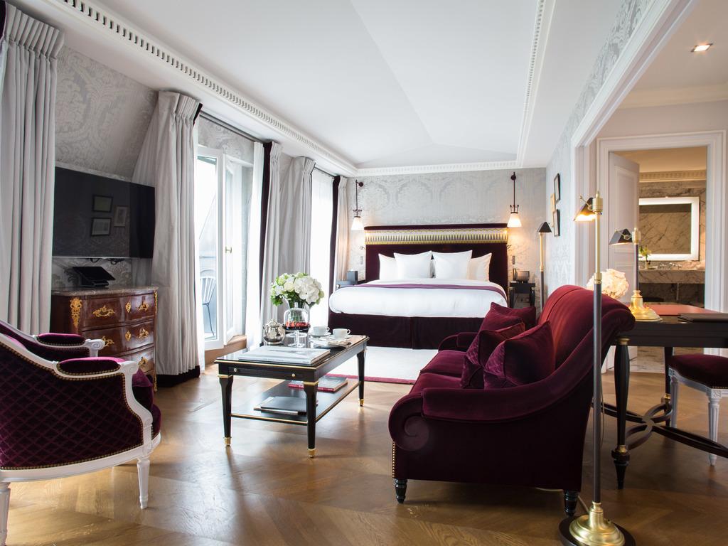 La Réserve Paris Elysée Suite with Eiffel Tower Views
