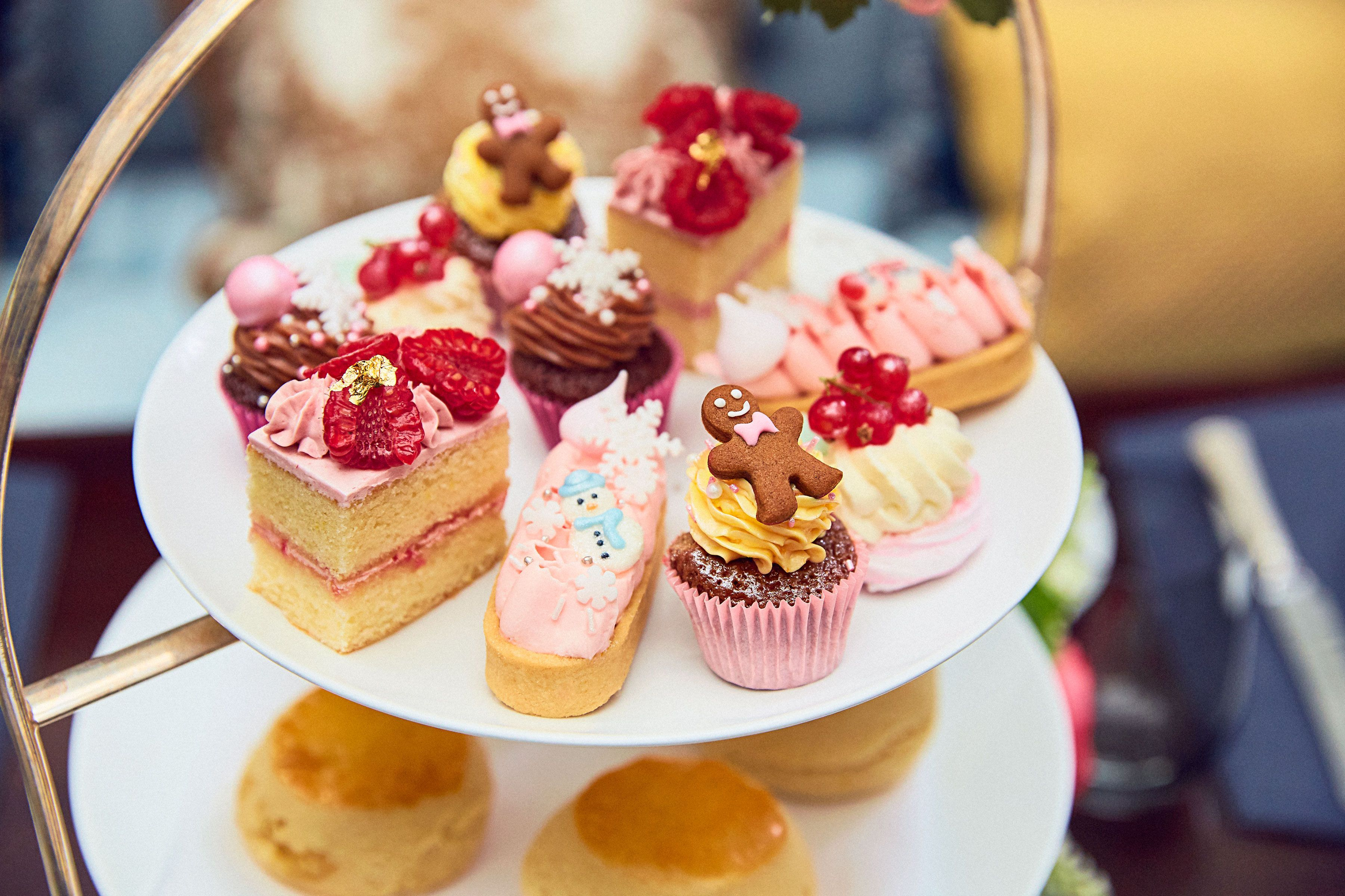 The Lanesborough Festive Afternoon Tea by Peggy Porschen 2020