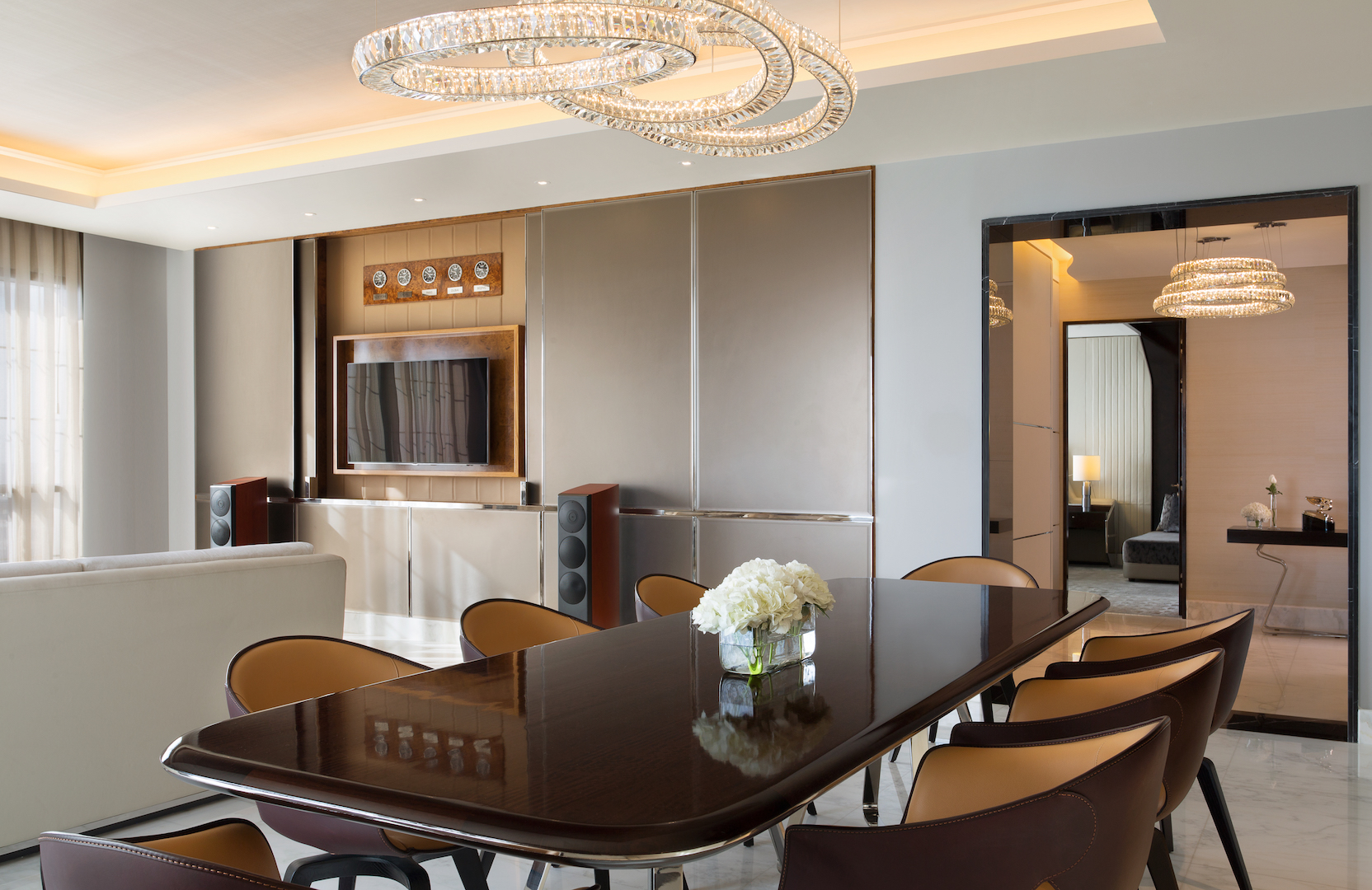 Bentley Suite Dining Room (Habtoor Palace, Dubai LXR Hotels