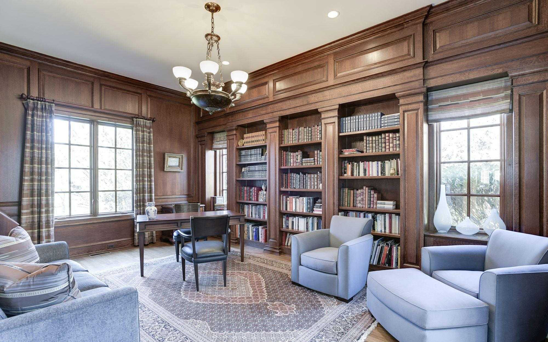 Library in ultra-luxury mansion