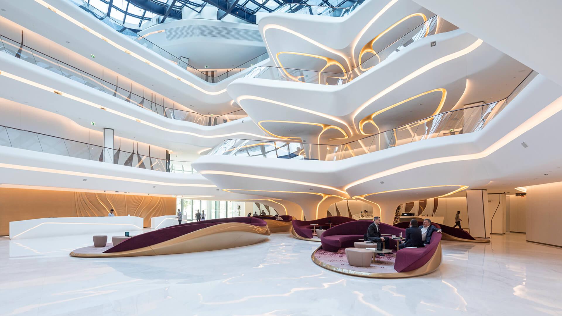 ME Dubai - lobby / atrium