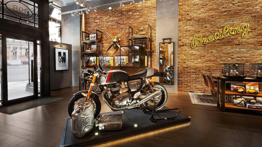Breitling x Triumph motorbikes
