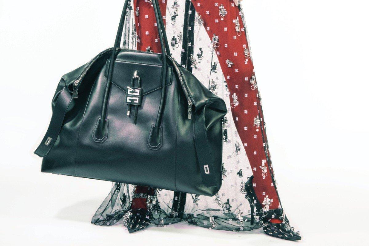Givenchy Antigona bag FW 21 by Matthew Williams